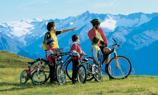 Mountainbiken-familie.jpg